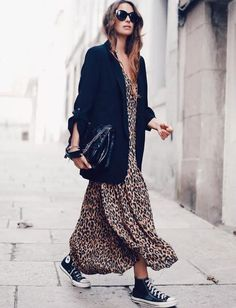 Oversized blazer / street style fashion / Fashion week outfits style summer teenage frauen sommer for teens outfits Mode Outfits, Dress Outfits, Fall Outfits, Fashion Outfits, Womens Fashion, Fashion Trends, Dress Fashion, Fashion Ideas, Fashion Clothes