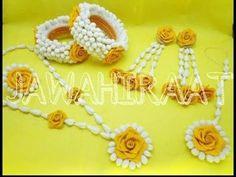 Fresh Flower Jewelery Design. Mehndi & Mayon Flowers Jewelery For Girls Function