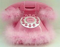 Fluffy pink phone~Tina and Lauren Garrett Kitsch, Pink Lady, Pretty In Pink, Perfect Pink, My Favorite Color, My Favorite Things, Look Vintage, Vintage Vibes, Color Rosa