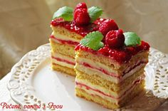 MEDOVÉ REZY S MALINAMI Czech Recipes, Ethnic Recipes, Cake Recipes, Dessert Recipes, Waffles, Pancakes, Vanilla Cake, Cheesecake, Deserts