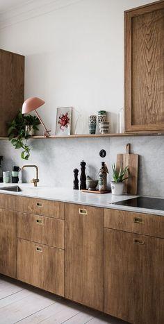 Home Interior Design — Is the All-White Kitchen Trend Finally Over? Is the All-White Kitchen Trend Scandinavian Kitchen Cabinets, Scandinavian Interior, Scandinavian Apartment, Contemporary Interior, Kitchen Dining, Kitchen Decor, Kitchen Ideas, Kitchen Wood, Gold Kitchen