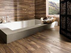 modernes badezimmer wandfliesen bodenfliesen holzoptik inspirierende badewanne - Badewanne Holzoptik