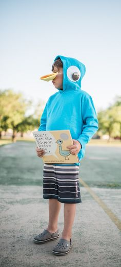 Were working with Disney Book Group today to share a fun Mo Willems Pigeon costume! Book Costumes, Teacher Costumes, Book Week Costume, Costume Ideas, Book Characters Dress Up, Character Dress Up, Storybook Character Costumes, Storybook Characters, Pigeon Costume