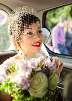 bride with chic short hair, birdcage veil, image by Draw Down The Stars http://www.drawdownthestars.com/