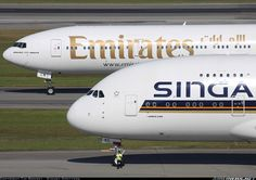 Singapore Airlines  Airbus A380-841  (airliners.net)