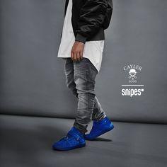 """Neue Styles des Sashimi von Cayler & Sons gefällig? Die stylishen Mid-Top-Sneaker bekommen weiche Wildleder-Upper und hervorragende neue Farben verpasst, unter anderem """"All Blue"""". Wie immer mit dabei sind die beiliegenden, silber- oder goldfarbenen Lace Tips mitsamt Schraubendreher! Jetzt bei uns im SNIPES Onlineshop und in einem Store in deiner Nähe. Preis: 129,99 Euro #snipes #snipesknows #caylerandsons #sneaker #sashimi"""