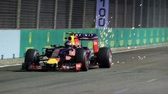 Daniil Kvyat, Red Bull, Singapore, 2015 second practice