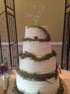 Buttercream Love! Bakery, California, Desserts, Tailgate Desserts, Deserts, Postres, Dessert, Plated Desserts, Bakery Business