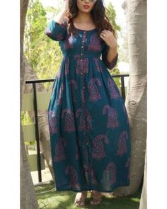Shop online Deep teal printed cape Deep teal pleated cape with a round neckline. Frock Fashion, Fashion Dresses, Frock Patterns, Kurti Patterns, Long Gown Dress, Cape Gown, One Piece Gown, Dress Neck Designs, Blouse Designs