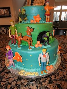 Scooby Dooby Doooo!... you would think that this is really for my girls, but im thinking its dereks birthday cake....!