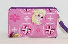 Elsa and Anna Frozen Wristlet Wallet Bag by RedShirtCreations #frozen