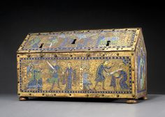 Reliquary Chasse of St. French (Limoges), ca. The British Museum. TOH p. Relic Hunter, Romanesque Art, Art Roman, Medieval Furniture, High Middle Ages, Cleveland Museum Of Art, Antique Boxes, 12th Century, Casket