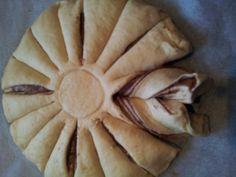 4 - food - baking nutalla star cake Star Cakes, Nutella, Pie, Baking, Desserts, Food, Torte, Tailgate Desserts, Cake