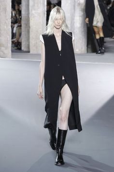 #RickOwens: She Ain't Heavy, She's My Sister via @fashionbusiness | The message of the Rick Owens show was loud and clear: The women on his #catwalk carried other #women artfully attached to their #bodies. As strenuous as this exercise surely was — even for the #gymnasts and #athletes these women were — there was no visible sense of effort. | #FashionShow Review, Spring 2016 | #ss16 #pfw #lfw #nyfw #mfw | BusinessOfFashion.com