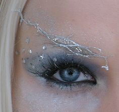 Change to gold? Fairy or Elf make-up, I could definitely go for this. Just beautiful.