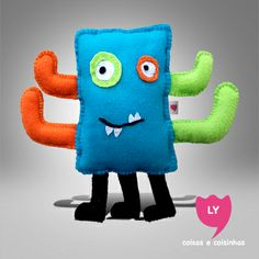Custom Felt Doll Create your doll. #lycoisasecoisinhas #monstrinho #crianca #kids