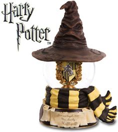If anyone ever finds this and wants to get it for me as a very nice gift, you will have my eternal friendship. Harry Potter Snow Globe, Harry Potter Items, Harry Potter Merchandise, Harry Potter Love, Harry Potter Universal, Harry Potter World, Chrissy Snow, Hogwarts Christmas, Welcome To Hogwarts