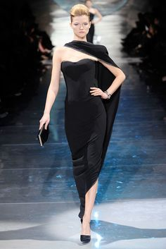 Armani Privé Spring 2010 Couture Fashion Show - Kasia Struss (Women)