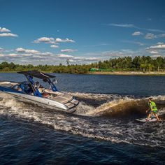 Wake Surf Weekend #wakesurf #wakesurfing #wakeboarding #waterski #waterskiing…