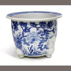 A Japanese blue and white porcelain jardinière 20th century