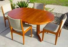 San Jose: * Mid-Century Modern *Extendable* Teak Dining Table Set with 4 Chairs  $880 - http://furnishlyst.com/listings/202218