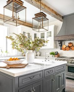 Rustic Kitchen Cabinets, Farmhouse Style Kitchen, Modern Farmhouse Kitchens, Country Kitchen, Kitchen Decor, Kitchen Ideas, Farmhouse Sinks, Country Farm, Countryside Kitchen