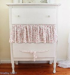 002dresser-redoa.  How darling is this idea????