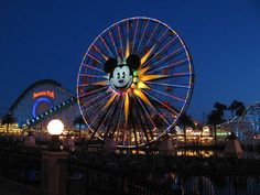Mickey's Fun Wheel!!! Paradise Pier - Disney's California Adventure