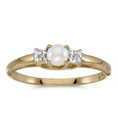 10k Yellow Gold Freshwater Cultured Pearl And Diamond Ring (Size 6). Beautiful complimentary gift box included with this purchase. Setting made entirely with genuine solid 10 karat gold. 30 Day Satisfaction Guarantee.
