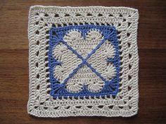 Cross My Heart Square...  Cuadrado a crochet «Corazón Cruzado»
