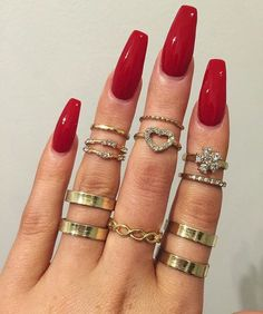 red coffin shaped nails manicure ideas for long nails #nails #manicure