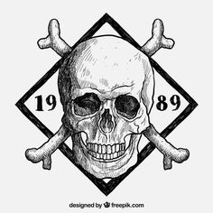 Free vector Hand drawn skull insignia #20