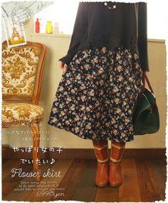 4/27 20時から 残りわずか* *cawaii×French* 小さなアパルトマンに住むパリジャンのフレアスカート。 やっぱり女の子でいたい♪レトロな花柄が特徴。レディース ファッション 森ガールc0004 (メール便不可)【楽天市場】