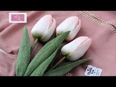 Crepe Paper Flowers Tutorial, Felt Flower Tutorial, Crepe Paper Roses, Paper Flowers Craft, Felt Flowers, Flower Crafts, Diy Flowers, Paper Crafts, Alternative Bouquet