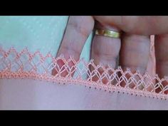 Crochet How to crochet doily Part 1 Crochet doily rug tutorial - Crochet Short Crochet Doily Rug, Crochet Scarves, Baby Hoodie, Scoodie, Crochet Stitches Patterns, Baby Set, Lace Making, Crochet For Beginners, Crayon