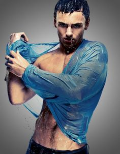 diving / Tumblr (sexy,man,water,blue shirt,wet shirt,cute)