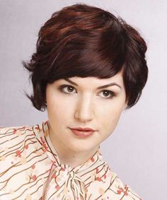 Best Short Hairstyles For Round Faces   Thicker hair, Short ...