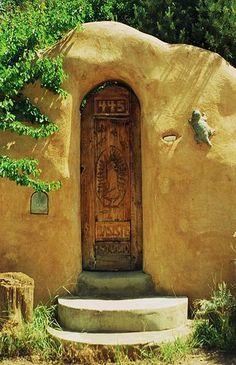 Doorway at 445 - Santa Fe, New Mexico.   www.kerlagons.com