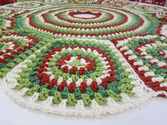 2014 Christmas Vintage Crochet Christmas Tree Skirt Free Pattern - Christmas Craft, Christmas Decor