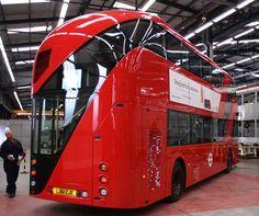 Wrightbus - Routemaster 2012 designed by Thomas Heatherwick.  Bonne base pour un véhicule post-apocalyptique...
