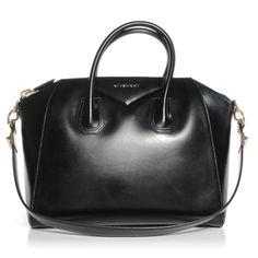 GIVENCHY Smooth Leather Medium Antigona Duffel Black
