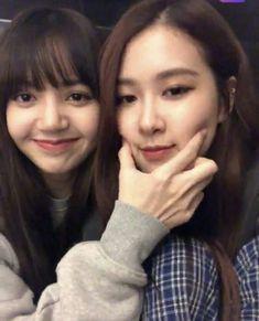 Kim Jennie, Jenny Kim, Yg Entertainment, South Korean Girls, Korean Girl Groups, K Pop, Coachella, Divas, Tumblr Bff