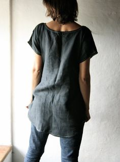 """Linen Tunic dress loose shift dress ... back view. [Perhaps I can use what's left of the blouses I cut up for napkins to make one of these for wearing over leggings or fitted jeans. This one is 31"""" in front and 39"""" at body/bust level.]"""