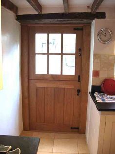 It would be awesome to have a Dutch door like this for a back door! Cottage Front Doors, Cottage Door, House Doors, Oak Doors, Entrance Doors, Barn Conversion Interiors, Cottage Renovation, External Doors, Door Furniture