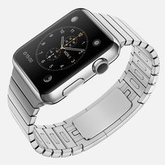 Experts like the Apple Watch's travel apps and Taptic Engine technology, but short battery life and the lack of GPS may hamper its use.