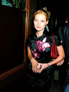 Kate Moss in Chinese-Inspired Eveningwear