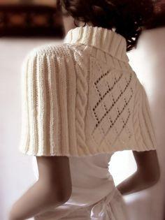**    Mini Sweater-Capelet от Pilland на Etsy
