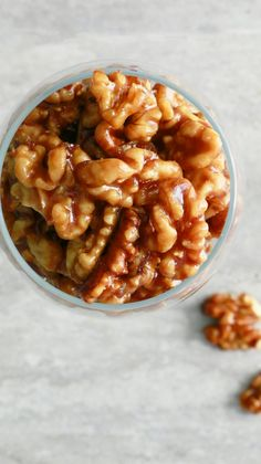 5 minutes, 5 ingredients, one pan caramel walnuts that are chewy, crisp, salty and not-too-sweet!! The simplest of recipes. It's so easy, its ridiculous.  These are perfect for your cheese board or over ice cream / pancakes / waffles or with popcorn or over crostini or just a snack (the best!!!).   Or wrap them in …