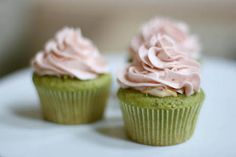 Green Tea & Strawberry Cupcakes  ♥ with recipe link ♥