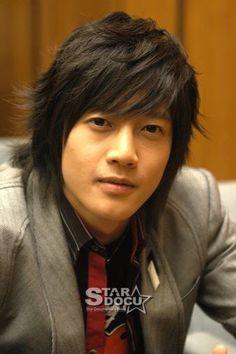 Kim Hyun Joong 김현중 ♡ long hair ♡ Kpop ♡ Kdrama ♡ SS501 ♡